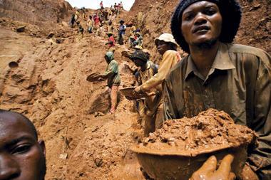 Un cartel comme l'OPEP pour l'Afrique? - une entrevue accordée par Bonnie Campbell